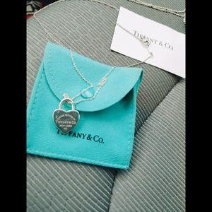 AUTHENTIC Tiffany & Co. Heart Lock